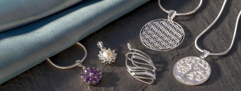 Pendants- Dawes Jewellery Category